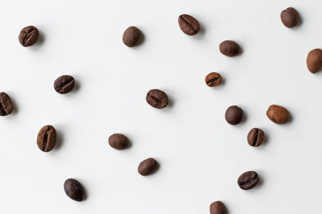 Coffee beans, an effective ingredient to get rid of the smell of the fridge.