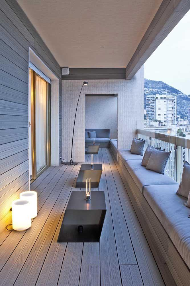 glass balcony complementing the ambience