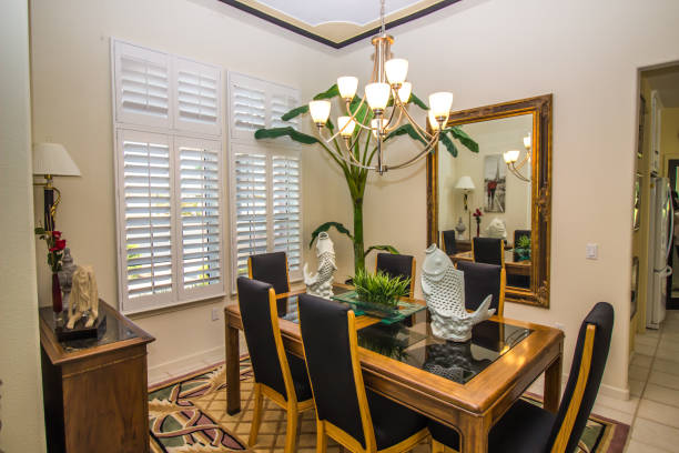 Mirror for Dining Room: Apartment and House
